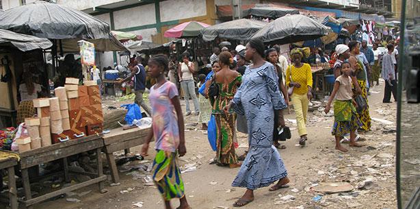 Marché à Abidjan - 2007