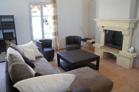 arr t du tabac un s jour la maison de vie seronet. Black Bedroom Furniture Sets. Home Design Ideas